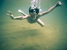 Underwater portrait    Cool underwater image    Underwater