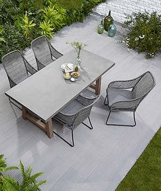 Terrace furniture seating terrace table and chairs for the terrace garden furniture seating private garden outdoor furniture Balcony Chairs, Garden Chairs, Terrace Garden, Contemporary Outdoor Furniture, Diy Outdoor Furniture, Outdoor Chairs, Patio Furniture Cushions, Balcony Furniture, Patio Seating