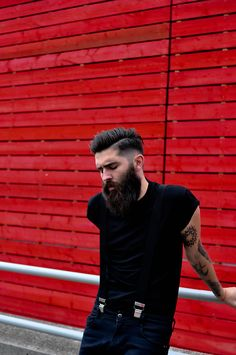 black t shirt beard jeans denim style streetstyle fashion tumblr hipster hair