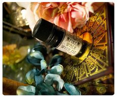 An act of sweetest alchemy, Pixxxie Pie & Posies Perfume & Cologne Oils are a delight to the senses. Each aroma blend is meticulously forged