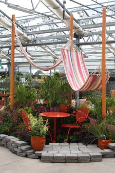 Lazy days in the summer garden at Al's Garden Centers Oregon.