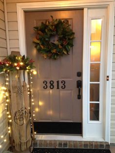 Ready for visitors Front Door Decor, Front Porch, Porch Decorating, Ladder Decor, Decorations, Doors, Holiday Decor, Simple, Home Decor