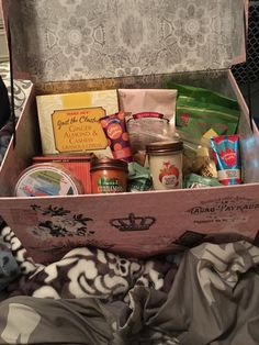 A thoughtful care package daddy-to-be H sent his newly pregnant surrogate Hailey!