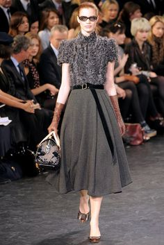 Louis Vuitton Fall 2010 Ready-to-Wear Fashion Show - Rianne Ten Haken (Elite)