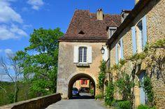 https://flic.kr/p/nr3MZg   Limeuil   Municipio situado en la confluencia del Dordoña y Vézère es parte de los pueblos más bellos de…