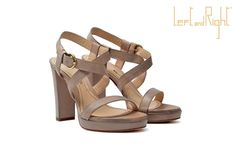 V34-Waxy leather sandal heel 10 in color powder