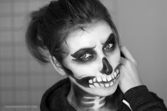 Skeleton / Skull Makeup Tutorial for Halloween | Wonder Forest: Design Your Life.