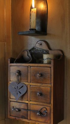 Colonial/Primitive Inspirational Items.