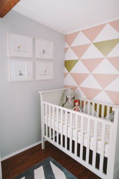 Sienna's Graphic Girly Nursery: Love the stencilled wall and I've had my eye on Sharon Montrose's photography for years now!