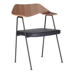 Like origami for furniture, the Real Good's unique flat-pack design relies on an ingenious folding metal frame. A stunning angular shape that is easy to assemble, this original chair from pioneering American designers Blu Dot gives new meaning to the concept of self-assembly furnishings.