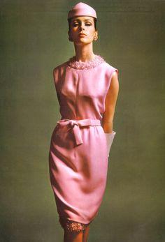 L' Officiel de la Couture et de la Mode de Paris 1965.