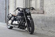 Triumph Bonneville, Bobber, MotorPike.com, Bobber, Custombike, Bikeportrait, Royal T