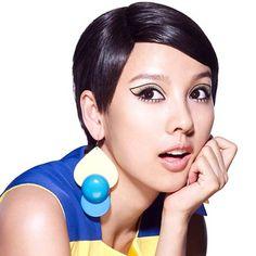 Twiggy Makeup Look by Lee Hyori
