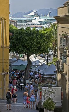 Cagliari turistosa,Italy... It also looks like Old San Juan, Puerto Rico