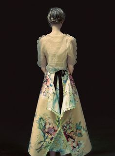 0c62540e9dd17 Smile  Lindsey Wixson in Harper s Bazaar UK May 2017 by Erik Madigan Heck  Floral Fashion