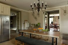 Isabel Lopez Quesada via Mrs Blandings Eat In Kitchen, Kitchen Decor, Kitchen Design, Kitchen Ideas, French Apartment, Spanish Style Homes, Parquet Flooring, Home Projects, Dining Table