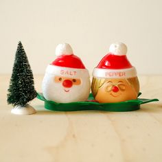 Santa and Mrs. Claus Christmas Salt and Pepper Shakers - Retro Plastic Ware