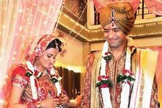 love marriage specialist is a known personality to solve love problems carefully as these are the sensitive issues and can be solved only by the specialist of muslim astrology.