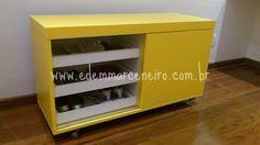 Edem Marceneiro: Sapateira Amarela - Peça Decorativa