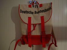 "Rucksack ""Pakke"" von Garnröllchen: http://www.kreativlaborberlin.de/naehanleitungen-schnittmuster/rucksack-pakke/"