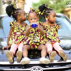 Petites robes pour fillettes avec nœuds de cheveux . Idéals pour enfants entre 2 et 5 ans Face, Little Dresses, Men Wear, African, Children, Hair, The Face, Faces