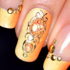 Nail art pierres liquides pailletées ou opaques