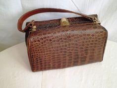 handbag brown alligator Bass vintage