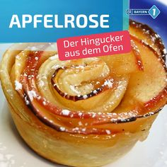 Apfeltarte aus der Muffinform Small and refined, and quickly made with a bought puff pastry – this apple rose with cinnamon goes very quickly with our recipe, tastes really fine and, above all, looks much better than any ordinary apple pie. Healthy Meal Prep, Healthy Dinner Recipes, Healthy Snacks, Snack Recipes, Dessert Recipes, Healthy Smoothies, Smoothie Recipes, Muffins, Apple Roses