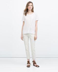 Imagem 1 de T-SHIRT BAINHA ASSIMÉTRICA da Zara