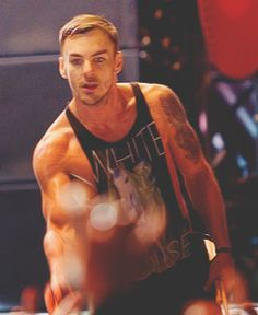 Shannon leto muscles #mtvstars 30 Seconds To Mars