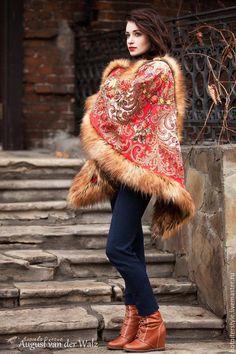 Платок с мехом - пончо накидка в Русском стиле - цветочный, платье из платка, макси платье