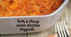 Ham and Cheese Hash Brown Casserole - only 6 ingredients! Fun Easy Recipes, Veggie Recipes, Brunch Recipes, Breakfast Recipes, Cooking Recipes, Muffin Recipes, Cheese Hashbrown Casserole, Hash Brown Casserole, Breakfast Casserole