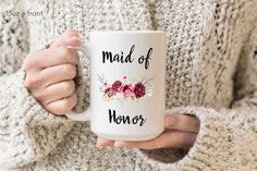 New grandma mug pregnancy announcement, promoted to Nana, Baby announcement grandmother gift. Mother's day gift for grandma. Grandma Mug, New Grandma, Grandma Gifts, Gifts For Your Mom, Gifts For Friends, Birthday Gifts For Grandma, Grandfather Gifts, Gifts For Bookworms, Maid Of Honour Gifts