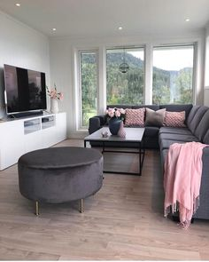 35 gorgeous living room color schemes to make your room cozy 18 « Home Decoration Living Room Decor Cozy, Interior Design Living Room, Small Living Room Designs, Ikea Interior, Interior Livingroom, Cozy Room, Living Spaces, First Apartment Decorating, Girl Apartment Decor
