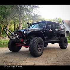 BOOM  __________________________________ #jeep by @brandenludski #jeepbeef _________________________________ Rep the best, www.jeepbeef.com #Padgram