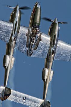 Warbirds — eyestothe-skies:     Lockheed P-38 Lightning