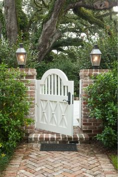 Cottage patio doors fence new ideas Front Gates, Entrance Gates, House Entrance, Main Entrance, Front Entry, Tor Design, Fence Design, Country Entryway, Diy Gate