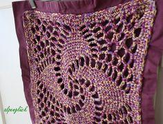 kissenbezug granny gehäkelt ♥ lila gelb fuchsia  von alpenglück