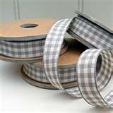 love this grey gingham ribbon
