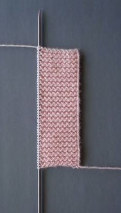Comment tricoter un gilet de tricotage en caoutchouc fantaisie caoutchouté fantastique - Anlatımlı Örgüler Knitting Stitches Basic, Easy Sweater Knitting Patterns, Cardigan Au Crochet, Intarsia Knitting, Knitting Blogs, Knitting Kits, Crochet Blanket Patterns, Free Knitting, Baby Knitting