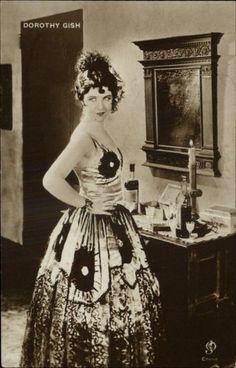 Actress Dorothy Gish c1910