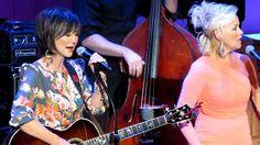 "Pam Tillis & Lorrie Morgan ""Walking After Midnight"" Live At The Grand Ol..."