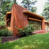 The Richardson house was based on a hexagonal module.