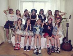 [IG/160621] WJSN update [7] #WJSN #우주소녀 Kpop Girl Groups, Korean Girl Groups, Kpop Girls, Yuehua Entertainment, Starship Entertainment, Wjsn Luda, Xuan Yi, Shes Amazing, Cheng Xiao