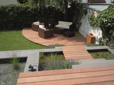 Verschillende materialen voor meer variatie in de tuin