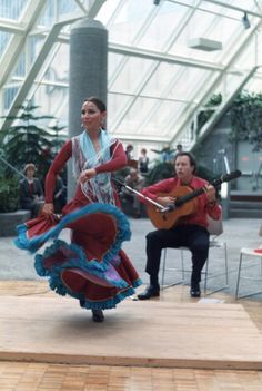 Another picture of the couple putting on a flemenco performance in teh indoor skyway park in St. Paul, MN.  Film-based photo.  Early 80's, when I was learning photography using a Carena camera with Pentax screw-mount lenses.