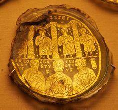 Орнамент и стиль в ДПИ - Позднеантичные донышки стеклянных сосудов из Ватикана и Британского музея. Конец 3-4 вв.