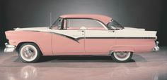 If we would bring all of these old car designs back as light weight hybrids we would never have another Depression/Recession. I gaurandamntee ya! 1956 Ford Crown Victoria.