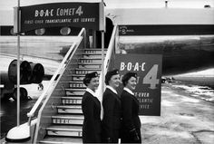It is often forgotten that the first transatlantic jet service was flown by De Havilland Comets of BOAC. Here are the stewardesses for that first flight October 4th 1958. Photo via Robert Honing