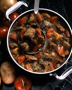 Boeuf Bourguignon: The 10 Most Popular French Recipes. http://foodmenuideas.blogspot.com/2014/06/the-10-most-popular-french-recipes.html